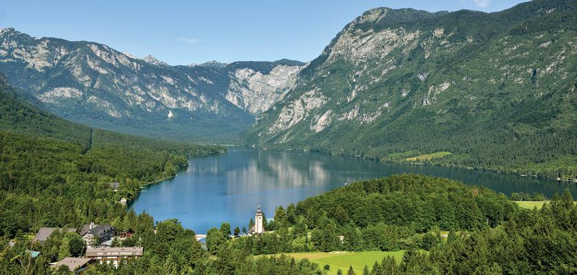 Lake_Bohinj_4.jpg